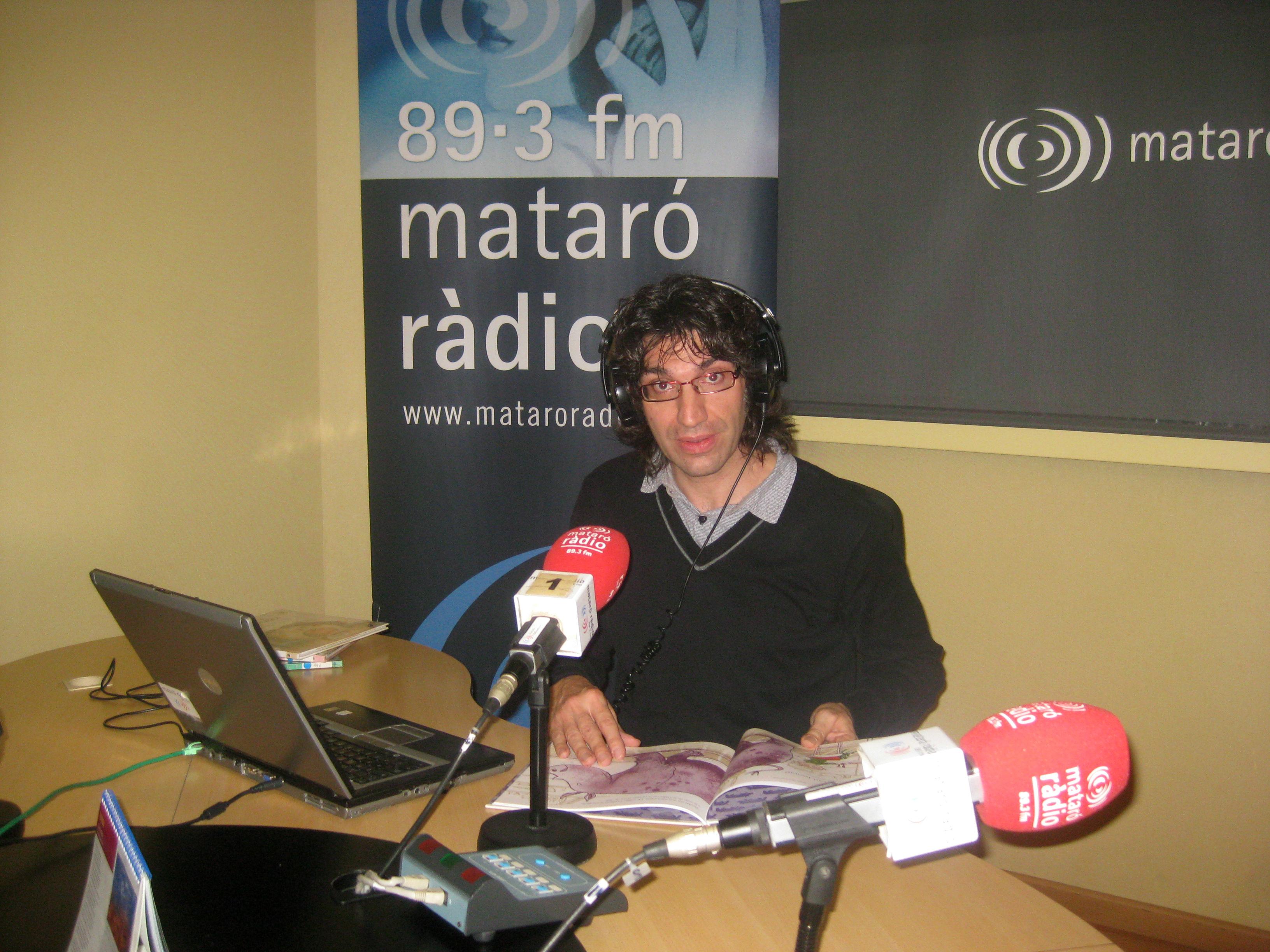 Cuentos en la Radio © s. n.